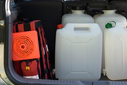 Část vybavení pro distribuci vody z cisteren